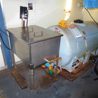 Water Melter & Tank