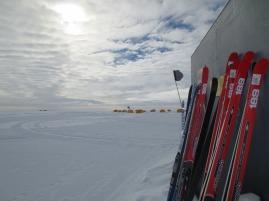 skis-and-skies